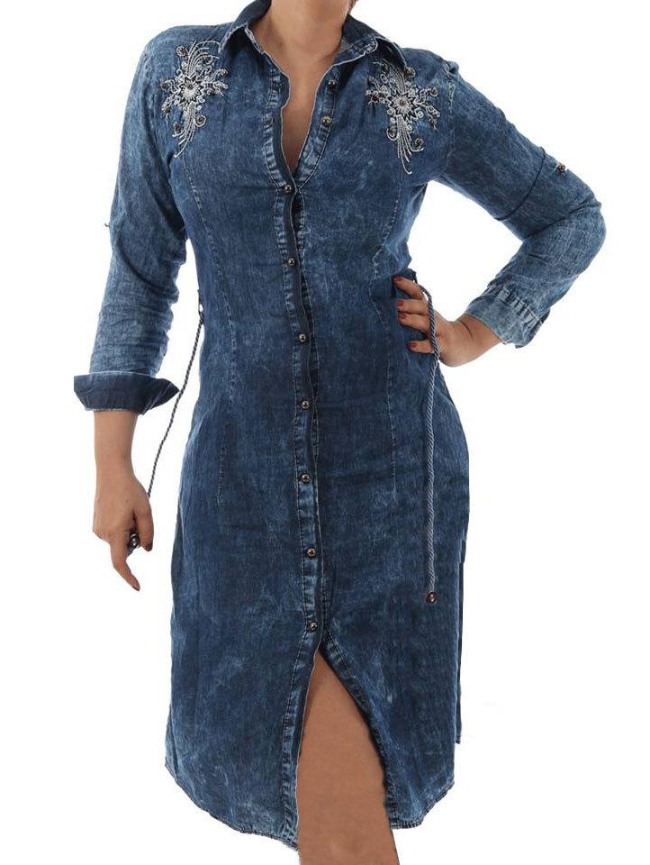 efa865376bc Дамска дънкова рокля-манто с копчета отпред и бродерия сребъристи мъниста